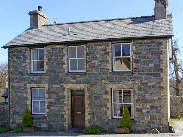 Bodgwynnedd Family Cottage, Betws-Y-Coed, North Wales (Ref 954)