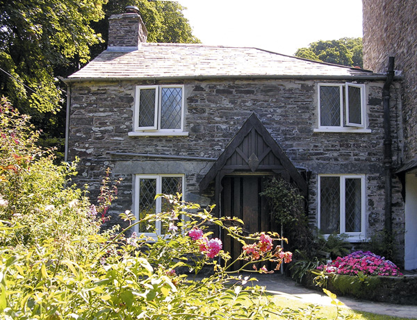 Mill Cottage Coastal Cottage, Tintagel, South West England (Ref 981)