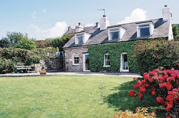 Bronwydd Pet-Friendly Cottage, Llanbedrog, North Wales (Ref 996)