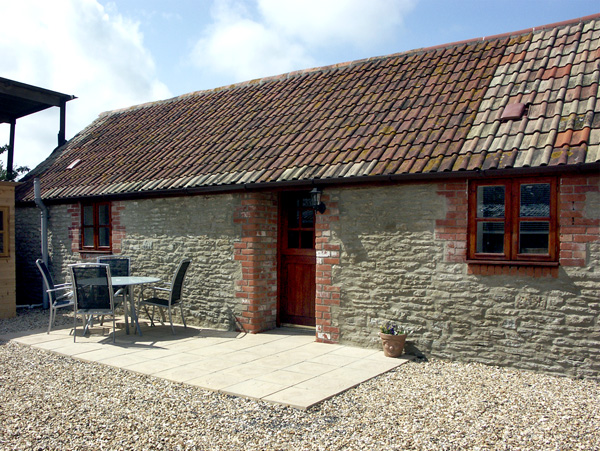 £267.00 for Henstridge near Sherborne  self catering holiday