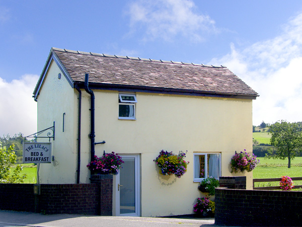 Holiday offer for Clifton near Ashbourne  self catering