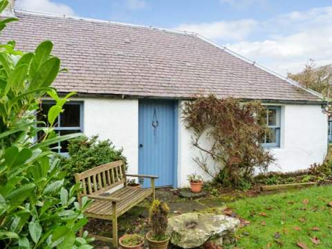 £251.00 for Fossoway  self catering holiday