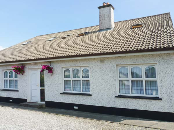 £130.00 for Ballina  self catering holiday