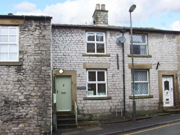 Enjoy a great self catering holiday in  Tideswell