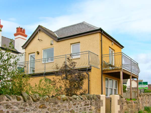 Enjoy a great self catering holiday in  Cove