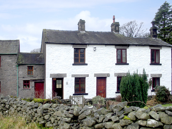 £230.00 for Middleton near Kirkby Lonsdale  self catering holiday