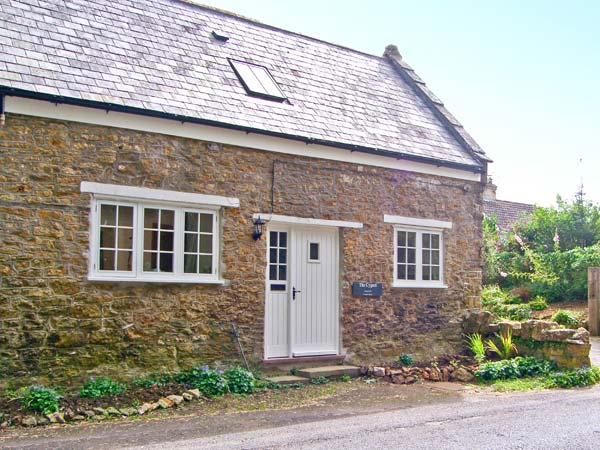 Haselbury Plucknett near Crewkerne  a great place to enjoy a self catering holiday