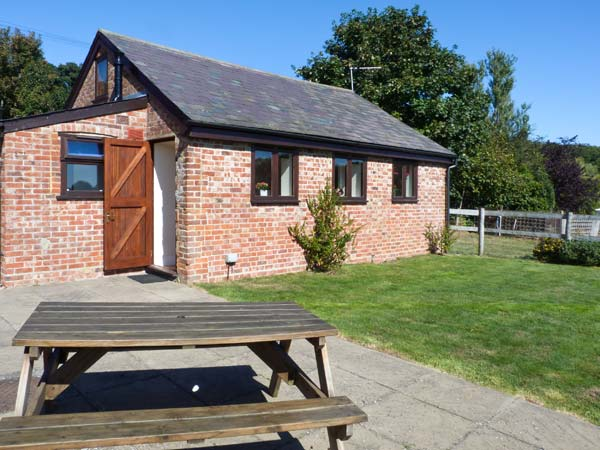 Holiday offer for Smeeth near Ashford  self catering