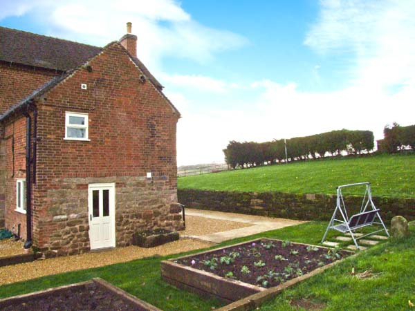 £279.00 for Calwich near Ashbourne  self catering holiday