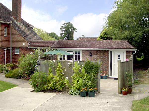 £227.00 for Balcombe near Haywards Heath  self catering holiday