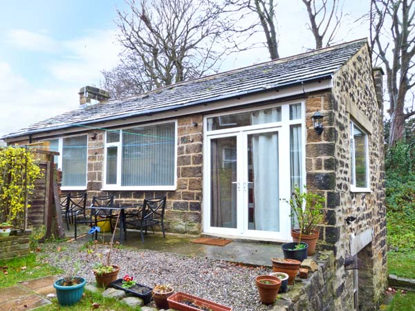 £206.00 for Menston near Otley  self catering holiday