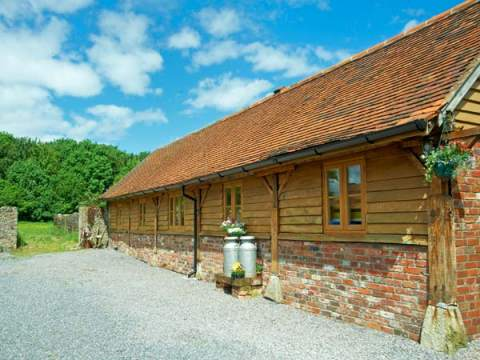 Enjoy a great self catering holiday in  Kilmington