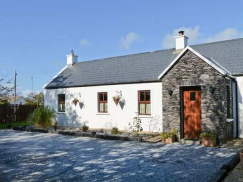 Johnny 39 S Cottage Tralee County Kerry Tralee Self Catering Holiday Cottage