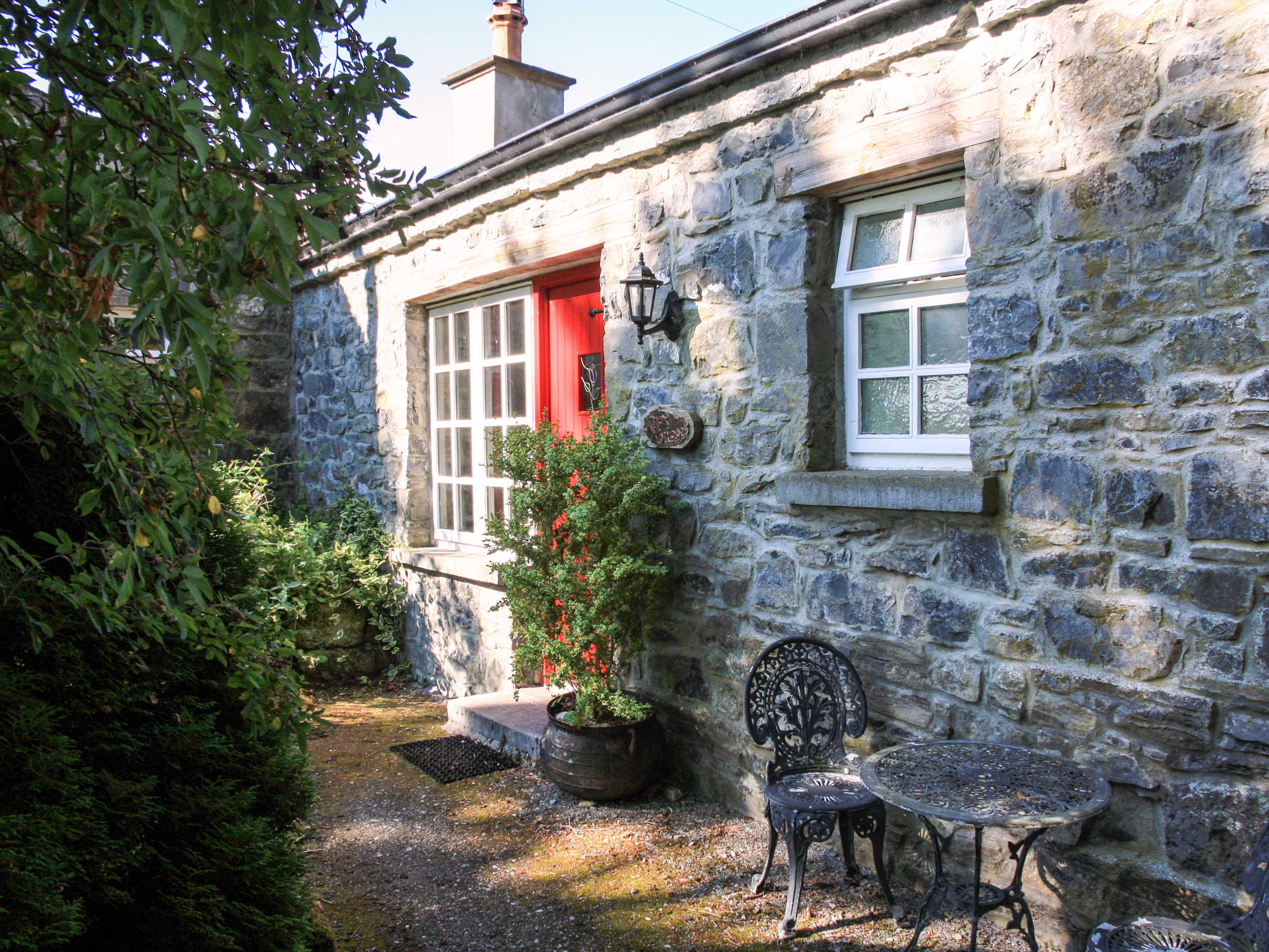 Enjoy a great self catering holiday in  Lorrha near Portumna