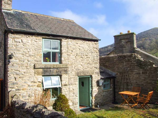 £242.00 for Bradwell near Castleton  self catering holiday
