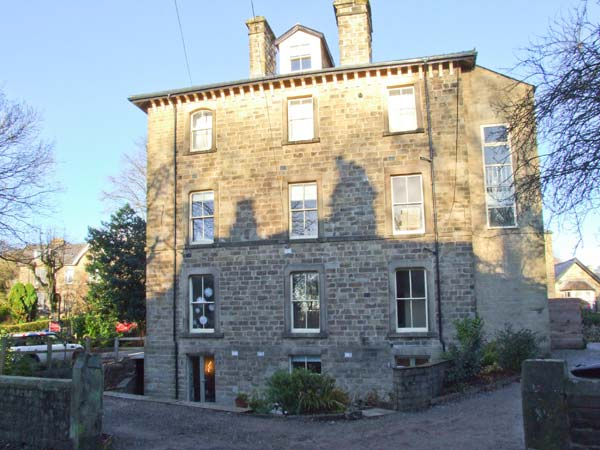 £260.00 for Buxton  self catering holiday