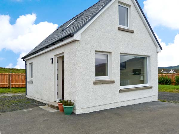 £249.00 for Staffin  self catering holiday