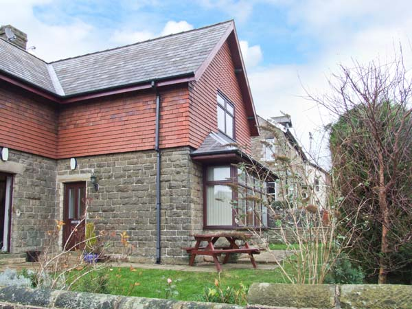 Holiday offer for Buxton  self catering