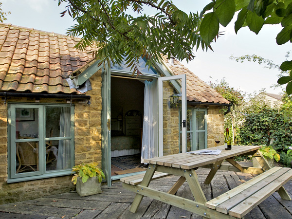 £223.00 for South Petherton near Crewkerne  self catering holiday