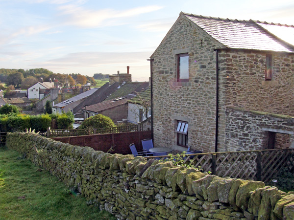 Enjoy a great self catering holiday in  Sparrowpit near Castleton and Buxton
