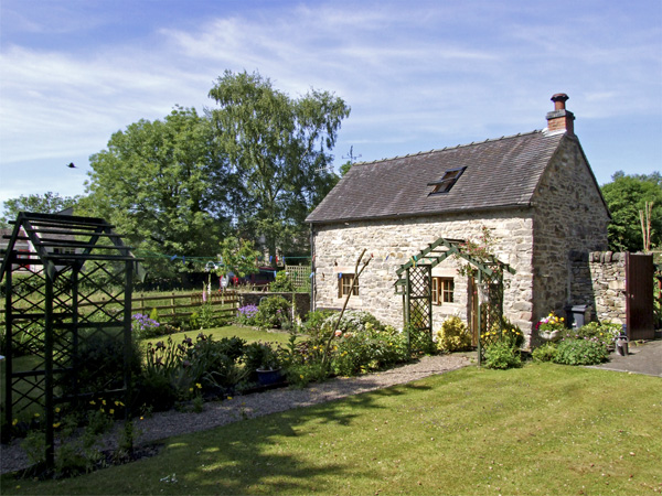 Fenny Bentley near Ashbourne  a great place to enjoy a self catering holiday