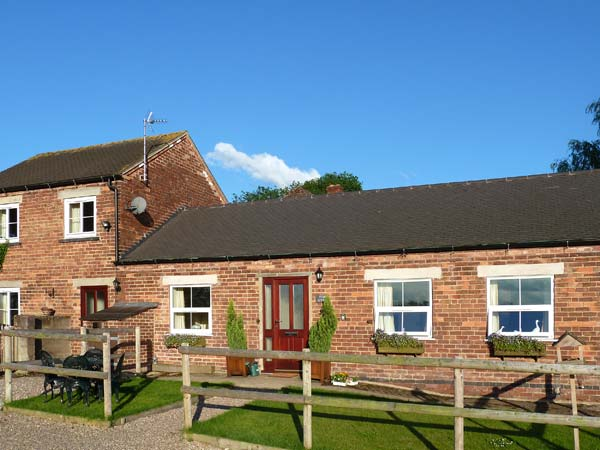 Enjoy a great self catering holiday in  Hollington near Ashbourne
