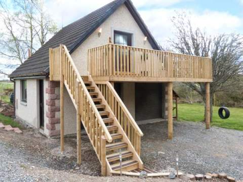 £215.00 for Croy near Nairn  self catering holiday