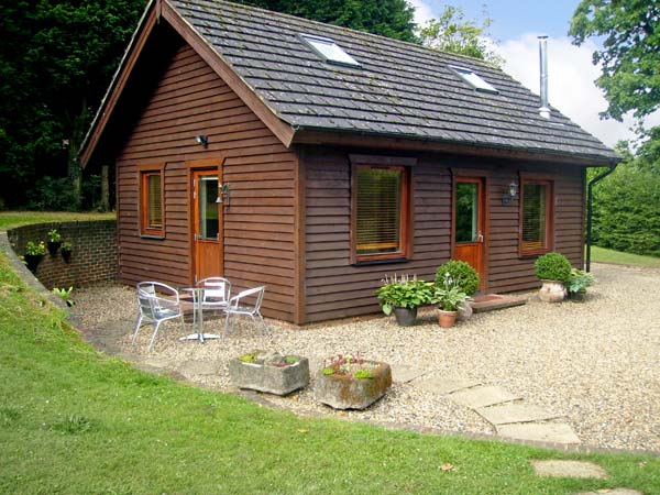 Holiday offer for Culverstone Green near Chatham  self catering