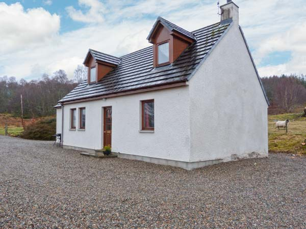 £285.00 for Farr near Inverness  self catering holiday