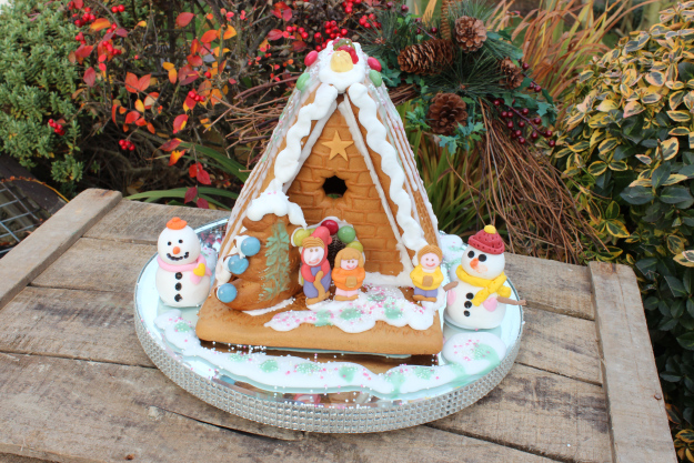 Simply Being Mum's Gingerbread House