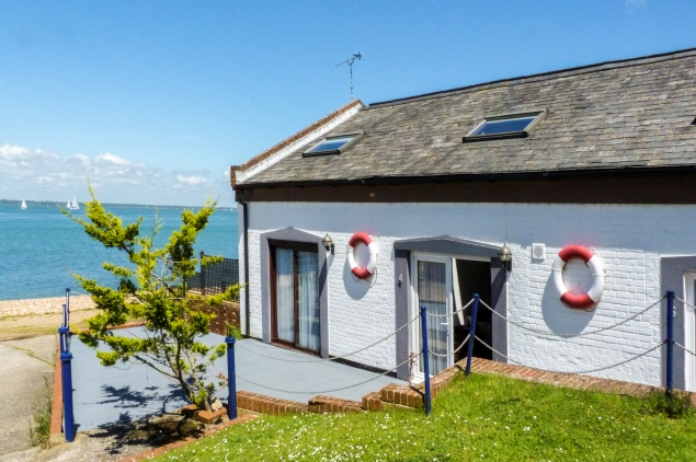 Coastal holiday cottage