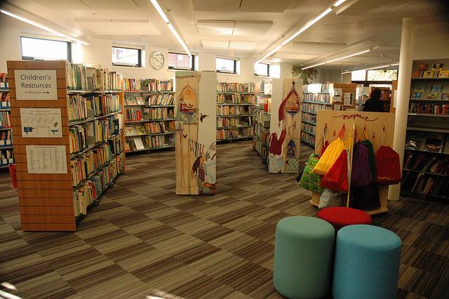 Bishop Grosseteste University Library via Flickr