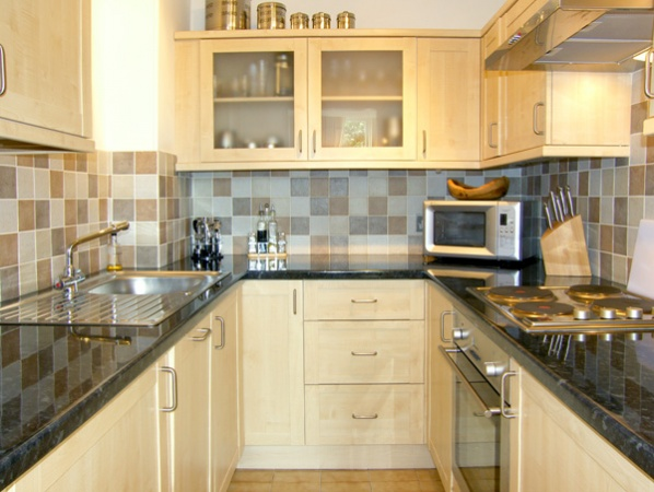 Enjoy home cooking in a fully equipped kitchen like this one in 5 Albion Mews in Chester.