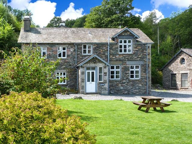 Mill Cottage | Graythwaite, The Lake District | Ref. 914069