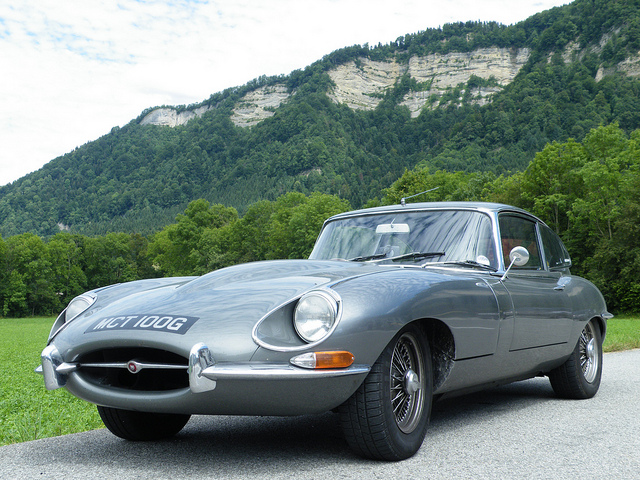 Jaguar E Type | Author | CC 2.0