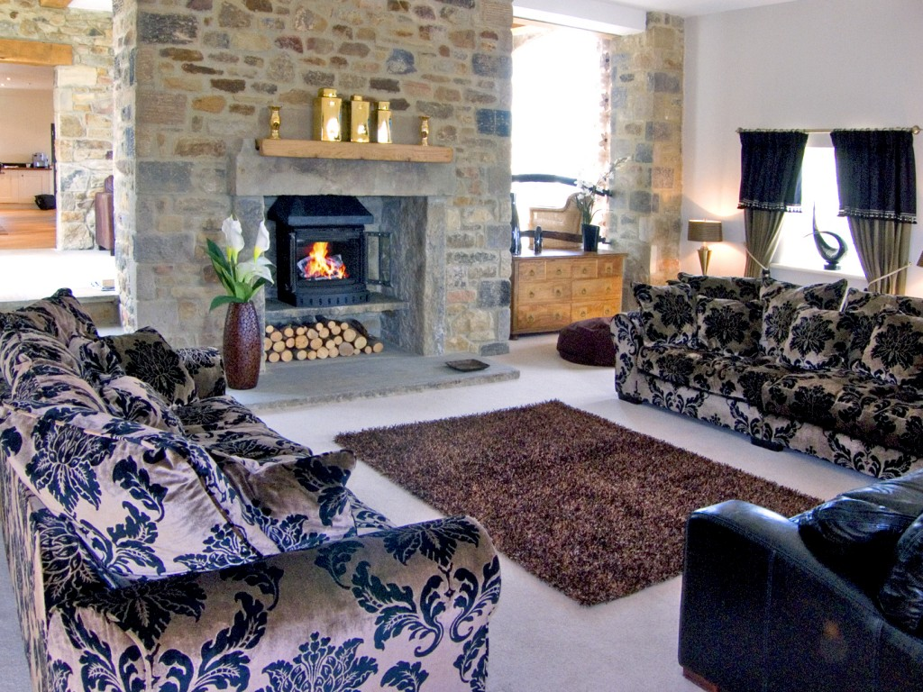 Open plan living area at Bookilber Barn (Ref. 2986).