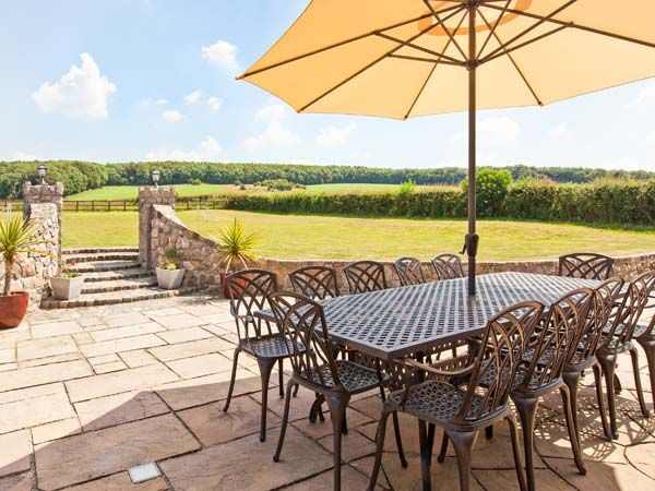 Brookway Lodge (Reference 27085) in Lloc offers spacious gardens and meadows beyond.