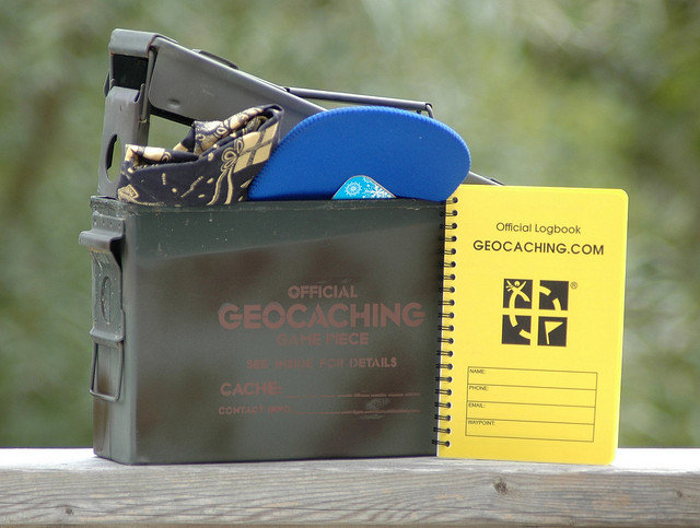"""Geocaching Container"" by Cache Mania / CC BY-SA 2.0"