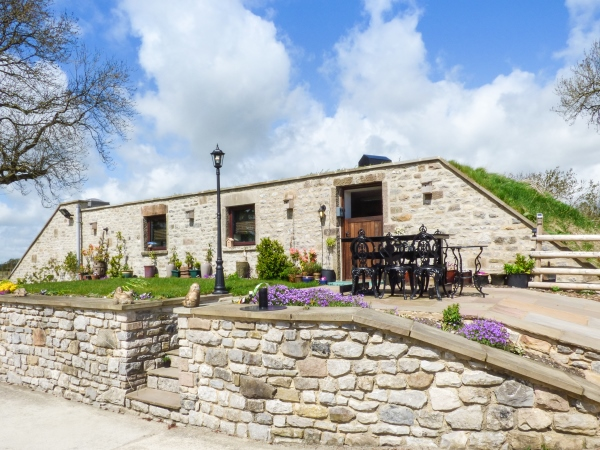 Quirky holiday cottage in the Peak District