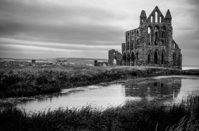 Spotlight On Dracula S Whitby Sykes Holiday Cottages