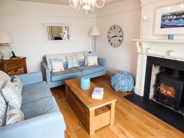 Holiday cottage in Gwynedd with open fire