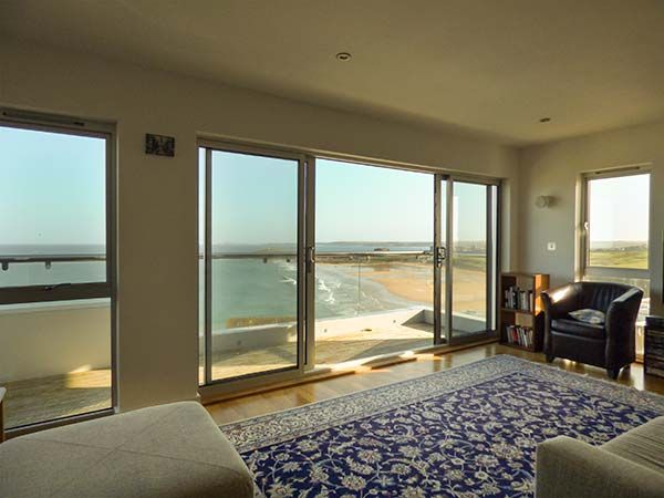 Penthouse Flat, Pentire Point - Reference 928902