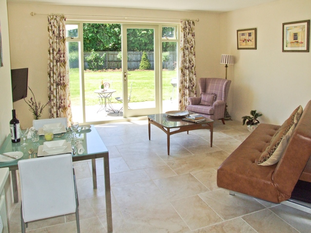 Romantic holiday cottage in Cotswolds