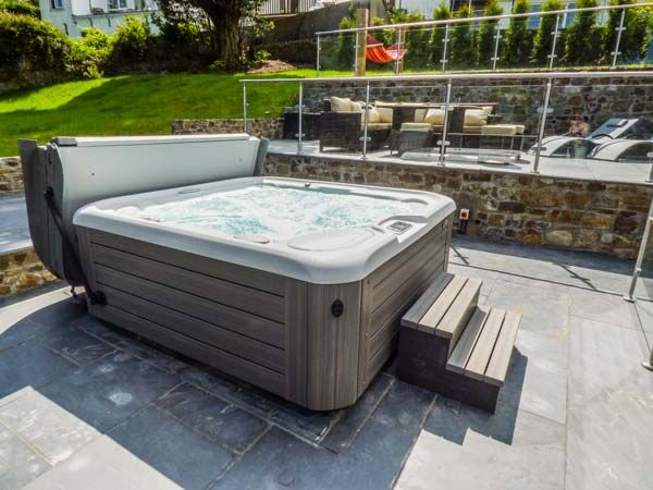 Hot tub at holiday cottage