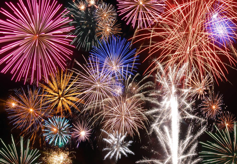 fireworks-shutterstock_40880005-1