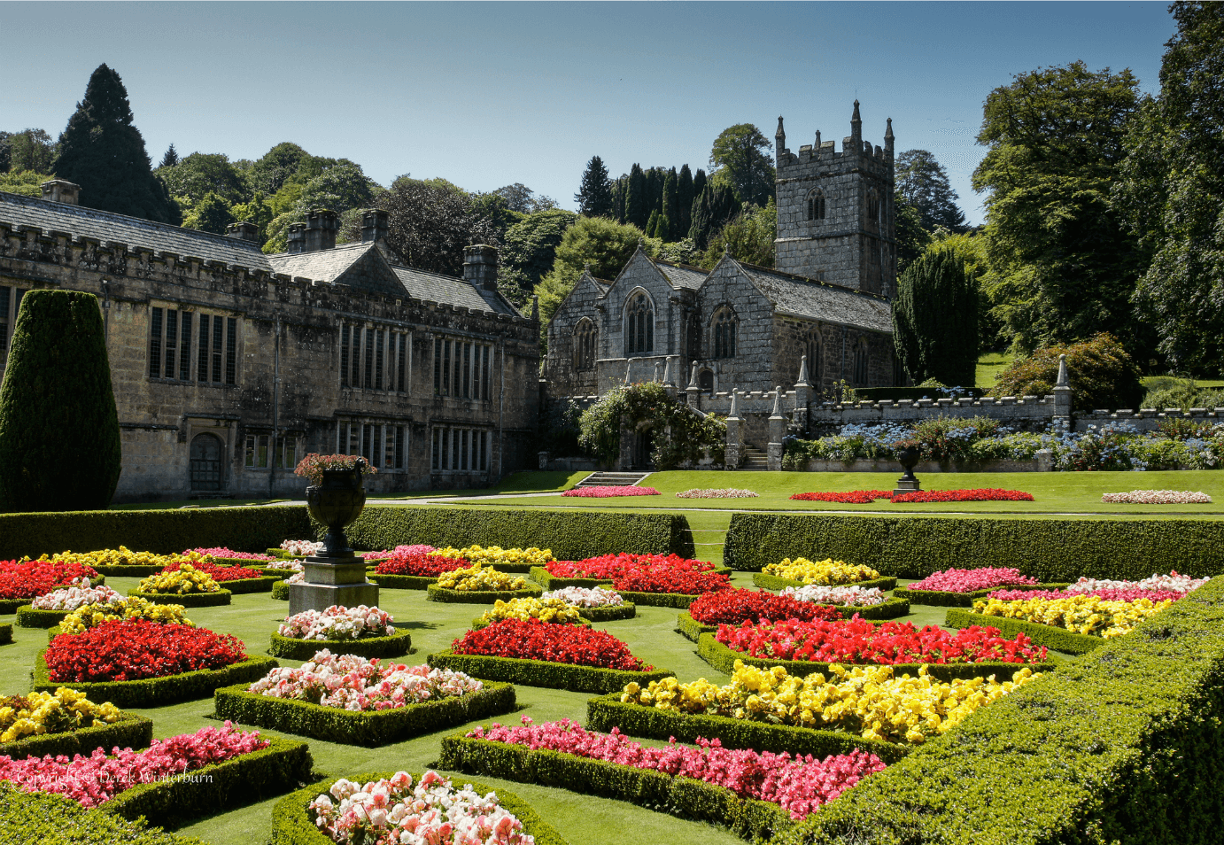 National trust gardens in cornwall sykes cottages for Gardening jobs cornwall