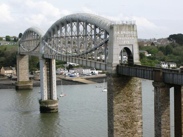 royal_albert_bridge_2009-1