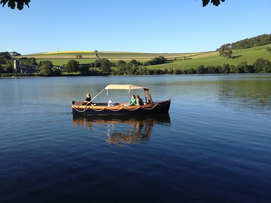 fowey-picnic-boat
