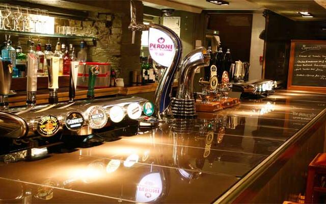 The Ship Inn - Best pub in christchurch - dorset